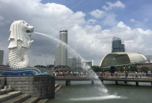 Suasana sebelum pandemi covid-19 di kawasan Taman Merlion, Singapura. (Foto: Medcom.id/Gervin Nathaniel Purba)