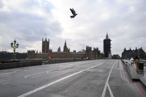 Inggris Menutup Diri dari Wisatawan