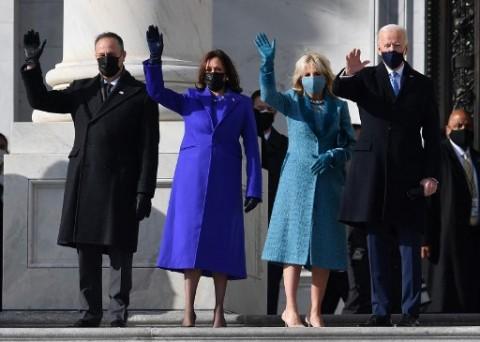 Jill Biden, First Lady yang Puluhan Tahun Mengabdi Menjadi Guru