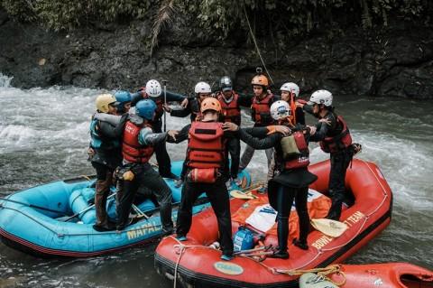 Wanadri Gelar Ekspedisi Arus Deras di Sungai Woyla Aceh