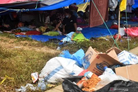 Pengungsi Balita di Stadion Manakarra Mamuju Mulai Terserang Penyakit