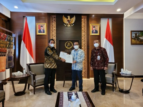 DPR Serahkan Hasil Uji Kepatutan dan Kelayakan Listyo ke Istana