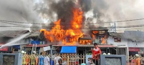 Kebakaran Puluhan Rumah di Gambir Akibat Korsleting