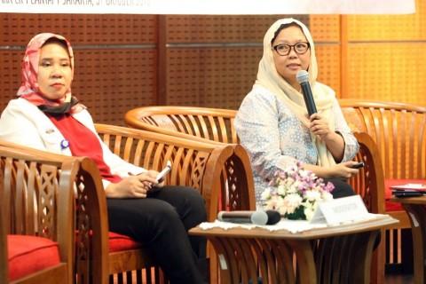 Sekolah di Padang Wajibkan Siswi Non-Muslim Berjilbab, Ini Kata Alissa Wahid