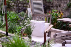 5 Tips Dekorasi Bikin Balkon Jadi Nyaman