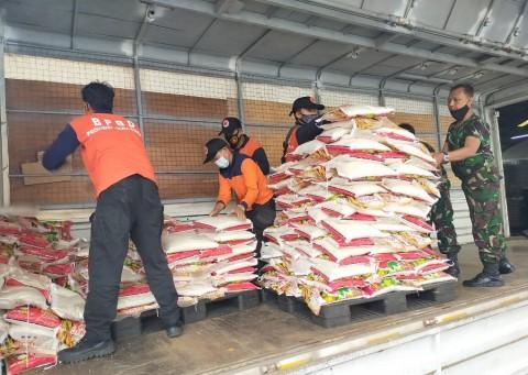 20 Ton Beras dan Uang Rp2 Miliar Dikirim untuk Korban Bencana di Sulbar-Kalsel
