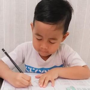 Peran Orang Tua dalam Mendukung Proses Belajar Anak