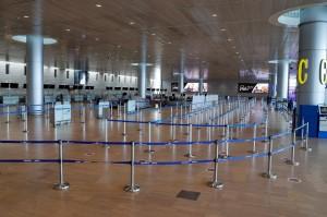 Suasana Sepi Bandara Israel yang Ditutup Akibat Covid-19
