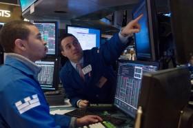 Saham Energi Merosot, Wall Street Anjlok