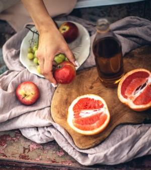 5 Buah yang Bermanfaat untuk Kesehatan Jantung
