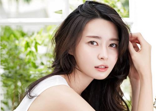 Kwon Nara salah satu aktris Korea yang kecantikannya menjadi dambaan setiap wanita. (Foto: Dok. Instagram/@kwon_nara313)