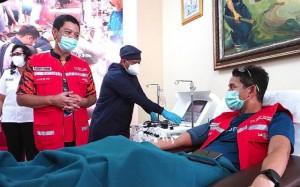 Menparekraf Donorkan Plasma Konvalesennya dan Ajak Penyintas Covid-19 Lakukan Hal yang Sama