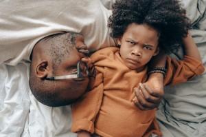 4 Tanda Bahwa Kamu adalah Orang Tua yang Toxic