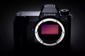 Fujifilm Luncurkan Kamera Format Medium GFX100S 102MP