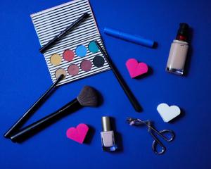 Tips Membeli Peralatan Make Up bagi Pemula