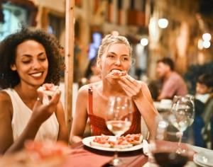 5 Tips Mengatasi Binge Eating