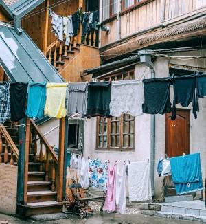 Ini 5 Tips Mencuci Pakaian agar Cepat Kering saat Musim Hujan
