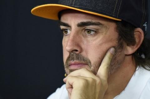 Tulang Rahang Fernando Alonso Retak karena Kecelakaan Sepeda