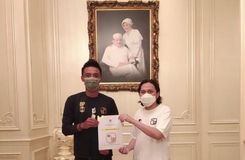 Resmi, Barito Putera Beri Kontrak Jangka Panjang Bayu Pradana