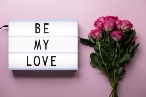 Bunga mawar adalah bunga yang sering digunakan untuk mengekspresikan perasaan, khususnya saat perayaan Hari Valentine. (Ilustrasi/Pexels)