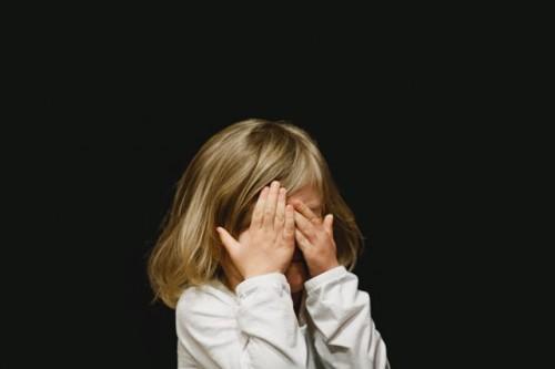 Manik mata putih atau leukokoria bisa terjadi karena tiga kondisi. (Foto: Ilustrasi/Unsplash.com)