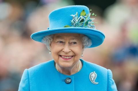 Reaksi Ratu Elizabeth II Dengar Kabar Meghan Markle Hamil