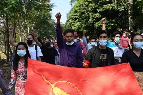 Pemuda Myanmar Merasa Masa Depan Mereka Direnggut Kudeta Militer