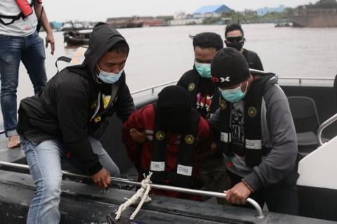 3 Terduga Teroris Diperiksa di Mako Brimob Polda Kalbar