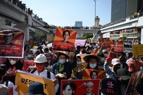 Bentuk Protes Terbesar Rakyat Myanmar Melawan Militer