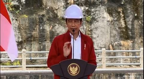 Jokowi Meresmikan Bendungan Tapin di Kalsel