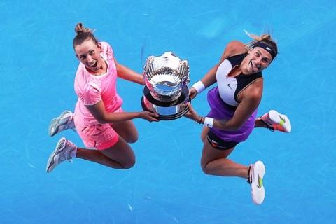 Australian Open: Mertens-Sabalenka Rebut Gelar Ganda Putri