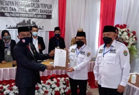 KPU Banggai Tetapkan Amirudin-Furqanudin Pemenang Pilkada