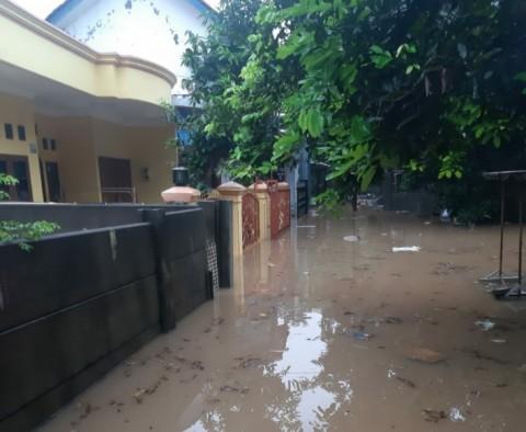 BPBD Tangsel Catat Ada 18 Titik Banjir