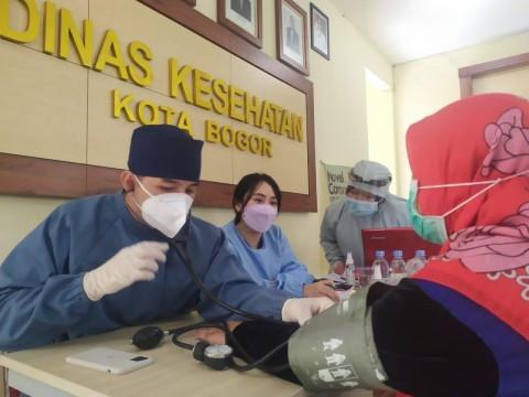 600 Nakes di Kota Bogor Disuntik Vaksin Sinovac