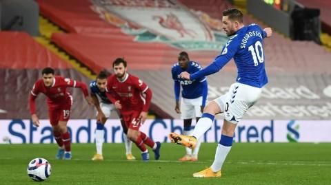 Liverpool vs Everton: Henderson Cedera, Liverpool Takluk dari Everton