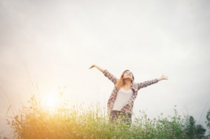 4 Tips Jangka Pendek Supaya Kamu Bahagia Sendiri