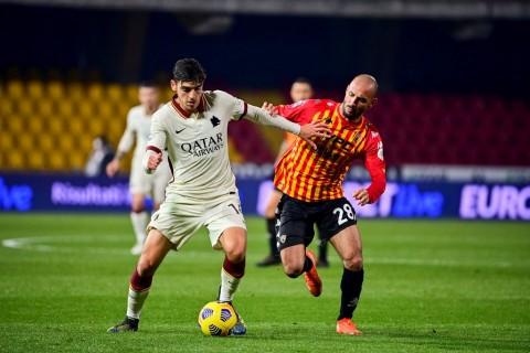 Benevento vs Roma: 10 Pemain Benevento Imbangi Roma