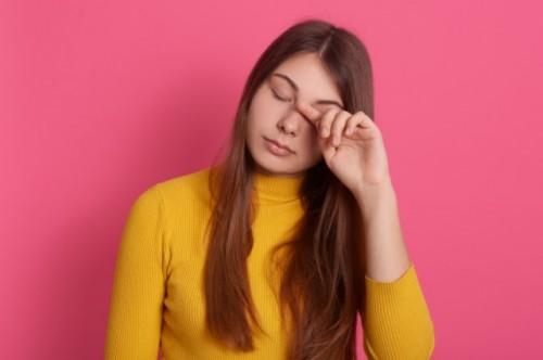 Para peneliti menemukan kelainan mata pada pasien covid-19 parah. (Foto: Ilustrasi/Freepik.com)