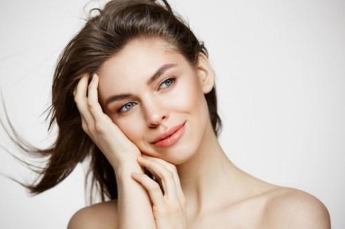 Pahami cara kerja retinoid untuk wajah kamu. (Foto: Ilustrasi/Freepik.com)