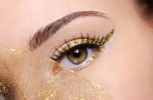 Beauty Lovers, Ini 5 Gaya Eyeliner yang Bisa Kamu Coba