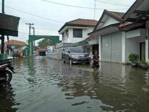 100% Listrik di Tangerang Pulih Pascabanjir