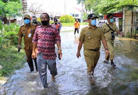 Pemkot Tangerang Kehabisan Akal Tangani Banjir