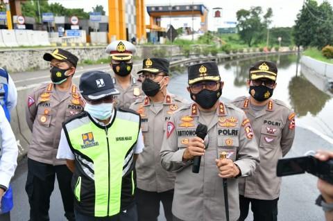 Terendam Banjir, <i>Exit</i> Tol Cikupa Dialihkan Sementara