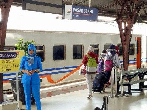 7 Perjalanan Kereta di Daop 3 Cirebon Dibatalkan Lagi