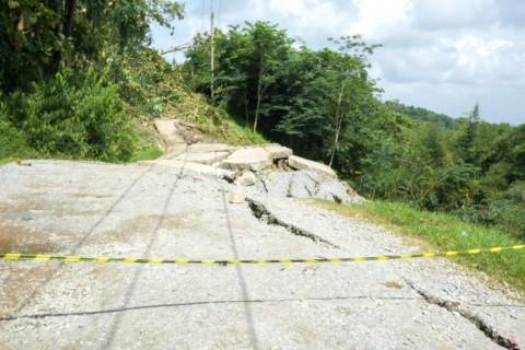 Jalur Lingkar Barat Purwakarta Terputus