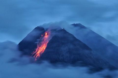 Gunung Merapi Alami 48 Kali Erupsi Sejak Kemarin