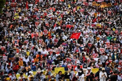 Menlu Retno: Transisi Demokrasi di Myanmar Harus Sesuai Keinginan Rakyat