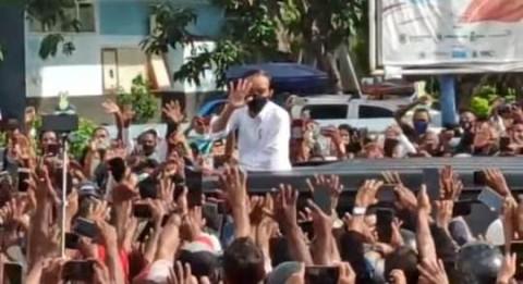 Istana Klarifikasi Video Kerumunan Saat Kunker Jokowi ke NTT