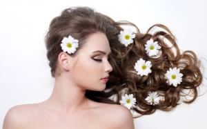 5 Bahan Alami Terbaik untuk Rambut Indahmu