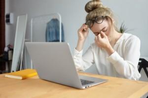 Cara Bedakan Kelelahan Biasa dengan Kelelahan karena Covid-19
